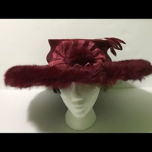 Women's fashion red hat with  faux fur, feather...